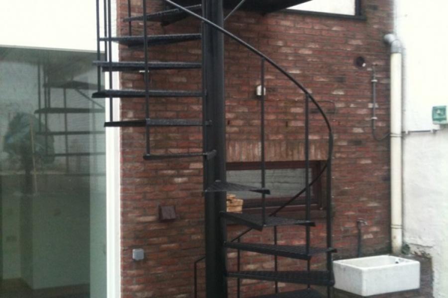 photos ferronnerie de pierre et jardin. Black Bedroom Furniture Sets. Home Design Ideas